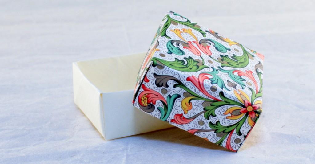 Pliage pour boite cadeau en papier masking tape et papier cadeau - Papier cadeau origami ...