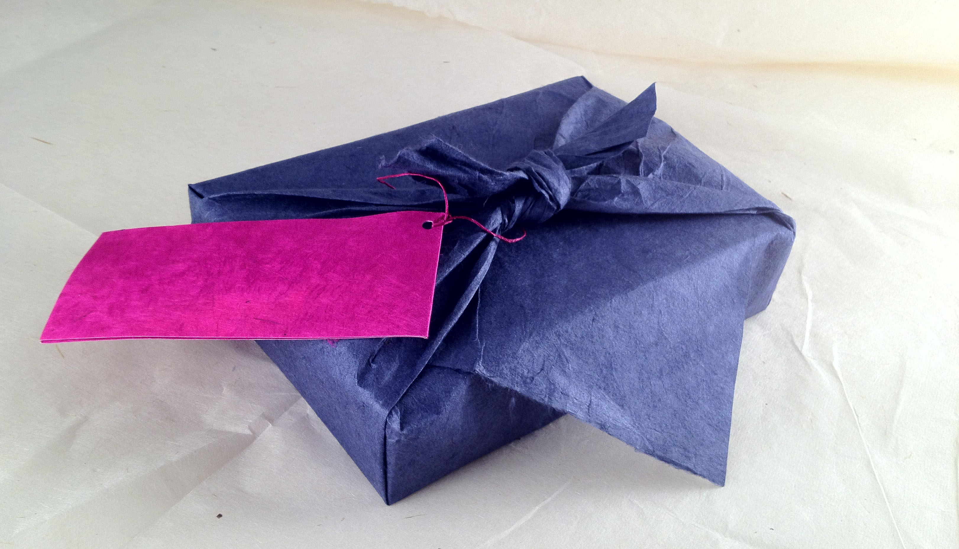 Furoshiki en papier népalais