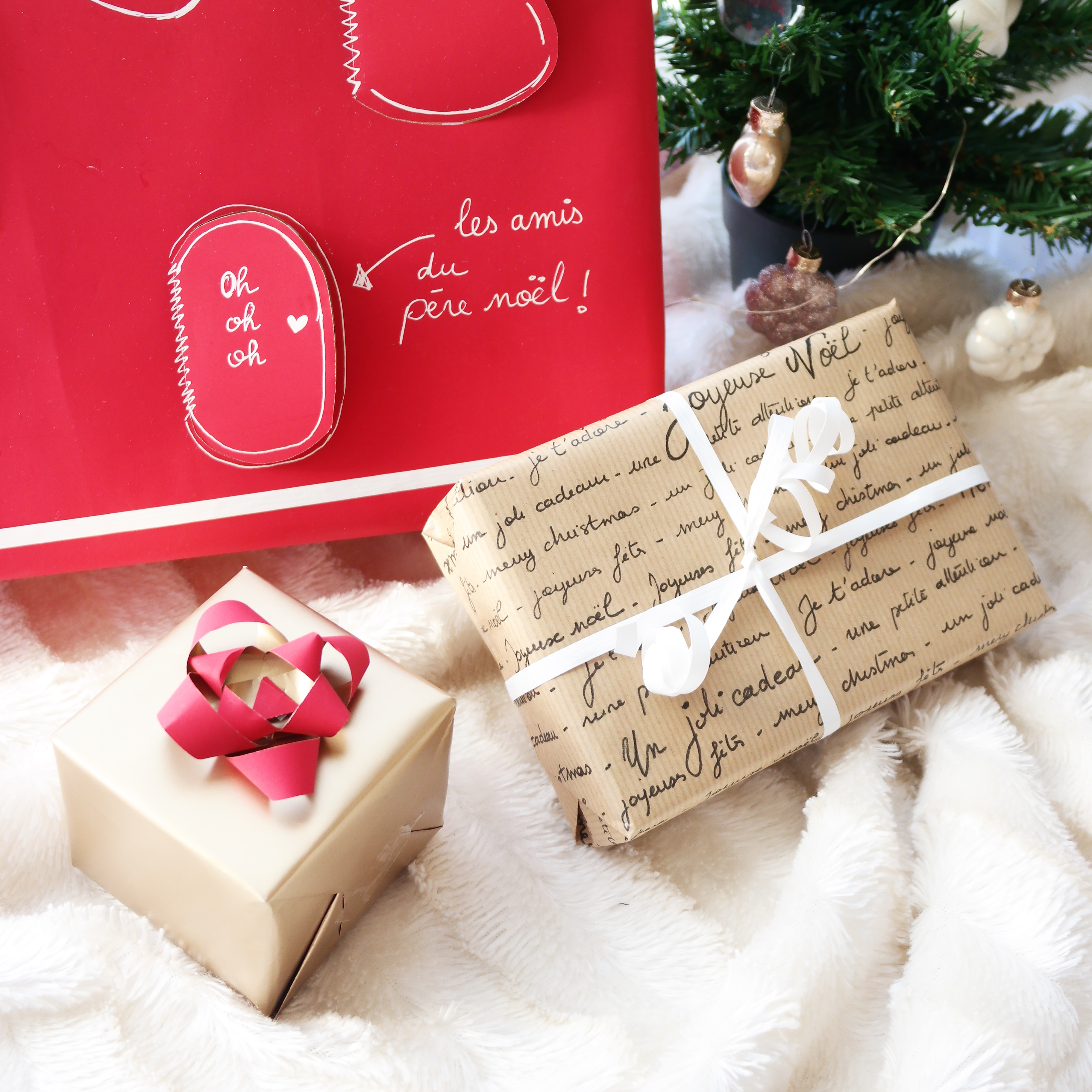 Paquets cadeaux de Noel avec Shylylovely